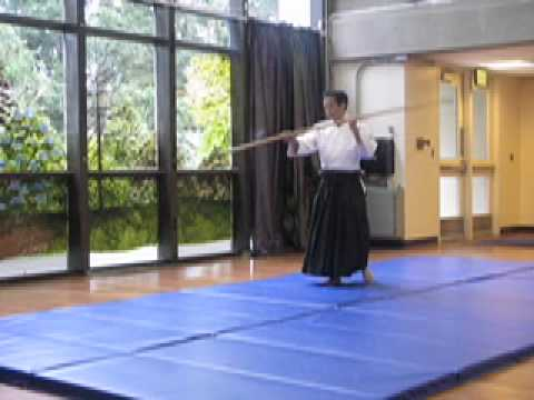 The power of Ki: Naginata demo by Kashiwaya sensei