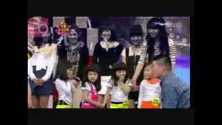 Little SNSD GEE dance (FUnnY)