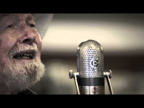 Pete Seeger - God's Counting On Me, God's Counting On You (Sloop Mix) [feat. Lorre Wyatt & friends]