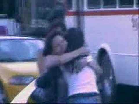 - FREE HUGS - Abrazos Gratis Guadalajara - México