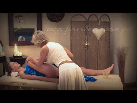 Lomi Lomi Nui - full body Hawaiian massage