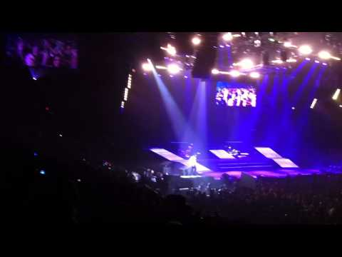 usher concert ft Justin Bieber live at madison square garden Opening 12 14 201 - Confessions Part II