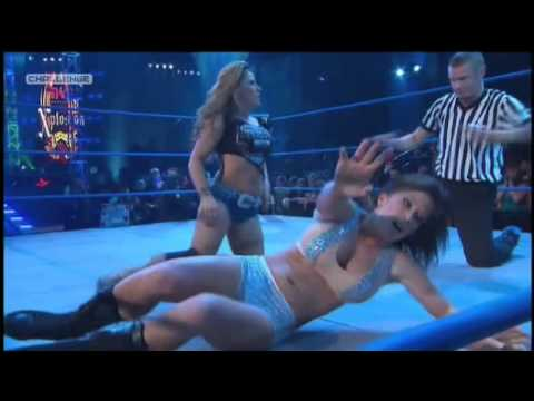 Madison Rayne vs. Mickie James -dDNuXDpa9i0