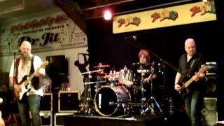 Phipu,Freddy und J.C.live@The Panyard,Bärn Track 3