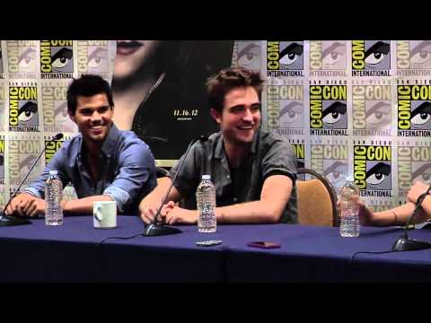 Breaking Dawn Part 2 Comic Con Panel #1 - Robert Pattinson, Kristen Stewart, Taylor Lautner