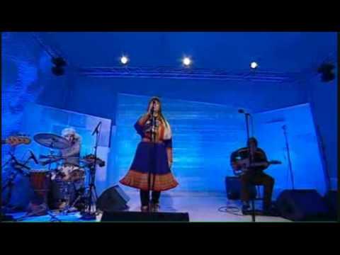 Mari Boine - Elle (Live) - [HD video + lyrics]
