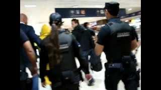Lady Gaga llegando al Aeropuerto Internacional de Ezeiza - Buenos Aires, Argentina