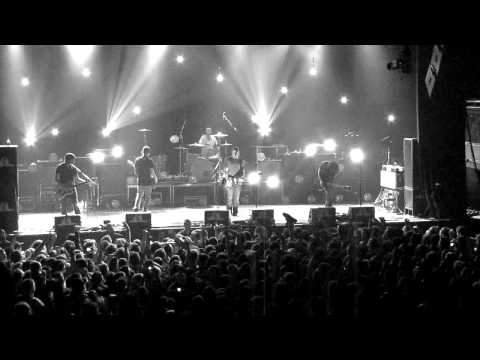 Brand New - Tommy Gun (Live at the Electric Factory 4-27-11)  HD