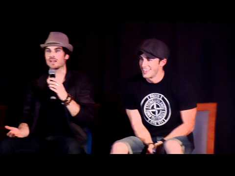 Ian Somerhalder dancing at the Mystic Love Convention !