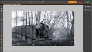 The Recompose Tool in Photoshop Elements 8