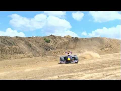 F1 2011 - Red Bull demo at the Circuit of the Americas - Coulthard on the dirt track