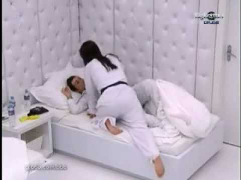 Angélica  Cláudia video impropio. BBB10 - BIG BROTHER BRASIL