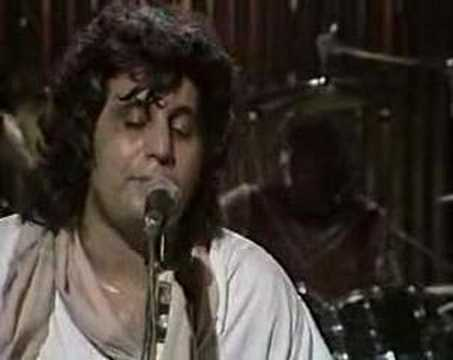 Pino Daniele - live 83 - a me me piace o blues