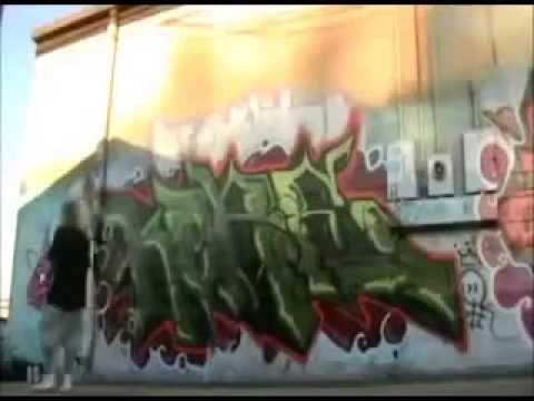 WAR4 Graffiti bombing movie PART ONE