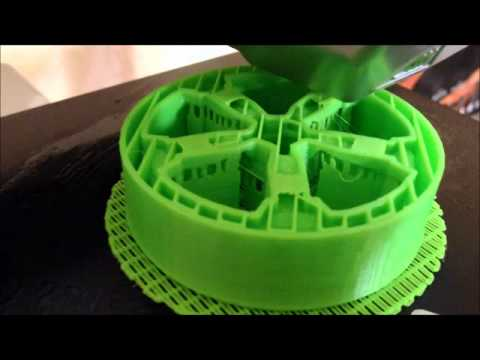 Cubify 3D printing car wheel in 4 hours