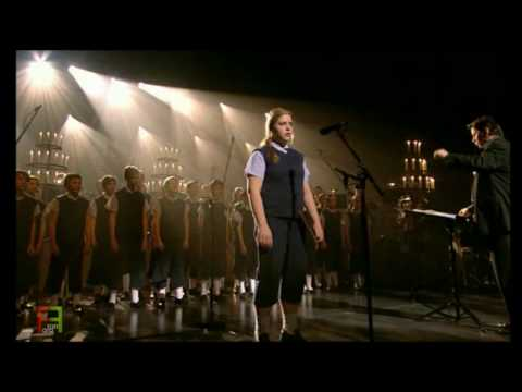 9. Les Choristes - ''La Complainte du Vent''. ( En Concert ).