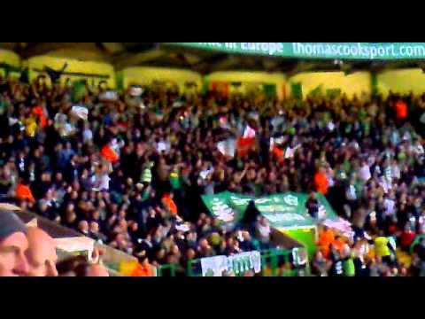 I just cant get enough, Glasgow Celtic fans singing. Green Bridage Celtic Ultras.