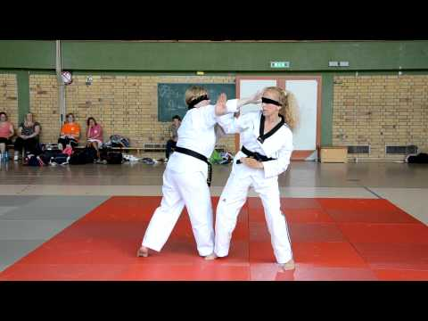Rugby TKD - Russelsheim Twining 2012 - Rugby FMA Sticky Hands Demo RugbyTaeKwonDo