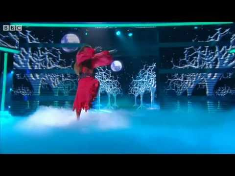 "Noel Fielding does ""Wuthering Heights"" - Let's Dance for Comic Relief 2011 Show 2 - BBC One"