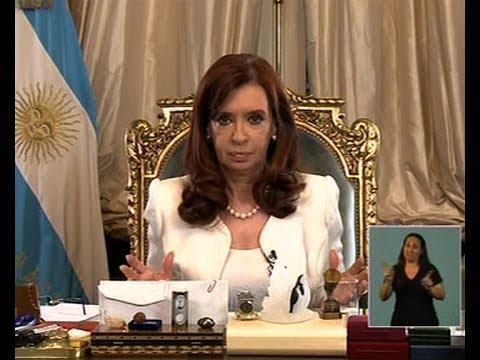 <b>Fallo por fondos buitres.</b>CFK asegur� que Argentina &quot;no va a defaultear su deuda reestructurada&quot;