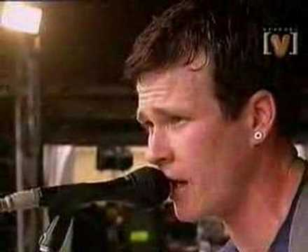 Blink 182 - Blow Job (Live At Sydney Bg Day Out 2000)