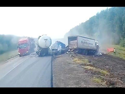 Аварии грузовиков Июль 2016/LKW-Unfall im Juli/ Truck accident in July