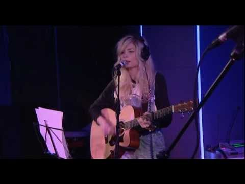 Nina Nesbitt - Chocolate in the Live Lounge Late