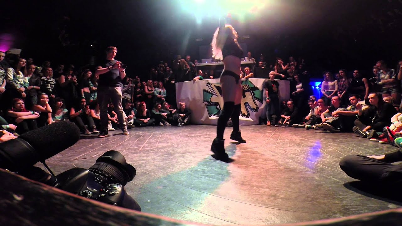 FRAULES TWERK DEMO - Dancehall International 2015