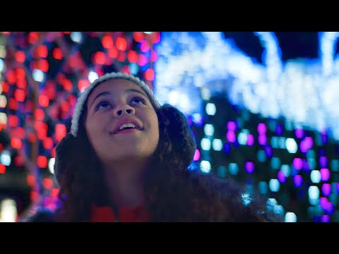 MACKLEMORE – IT'S CHRISTMAS TIME FEAT. DAN CAPLEN OFFICIAL MUSIC VIDEO