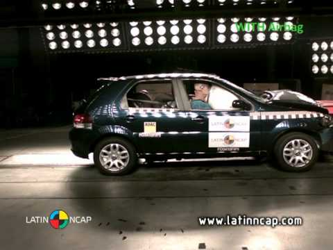 Crash test com o Fiat Palio -- com airbag
