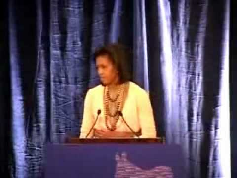 2008, Michelle Obama says Barack's Home country is Kenya