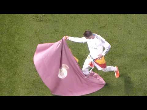 Sergio Ramos toreando. Final Copa 2014