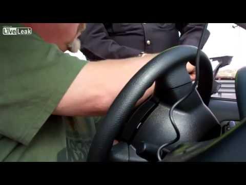 Policia corrupto en tijuana