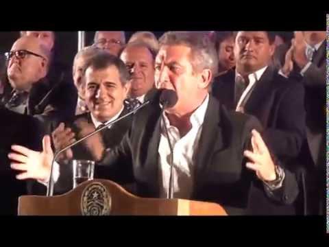 """Acto de Urribarri frente a Casa de Gobierno: """"Entre R�os cambi�"""""""