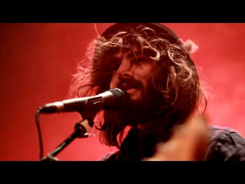 Angus & Julia Stone - Yellow Brick Road [Live in Paris]