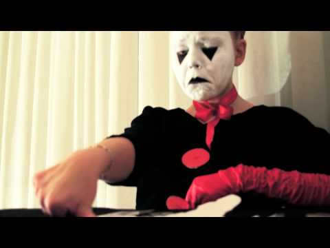 "Jaja Vankova & Emilio Dosal present: "" Devil's Contract """