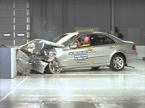 2003 Mercedes E class frontal offset test