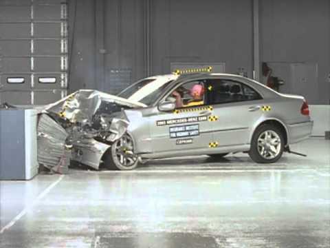 2003 Mercedes E class frontal offset test