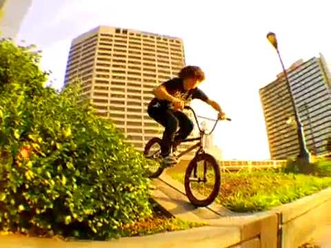 TJD X DEFGRIP STEVIE CHURCHILL EDIT 2010 - UCo7rpMgnUKdte2bQ1LkniSA