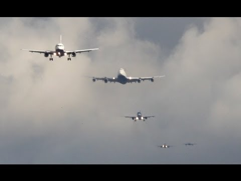 London Heathrow Approach Time-Lapse B747, A340, B777 ...