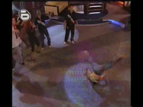 Теди Кацарова и No Name Crew в Шоуто на Слави