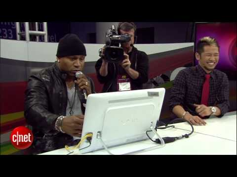 LL Cool J drops in on the CNET stage at CES 2013 - UCOmcA3f_RrH6b9NmcNa4tdg