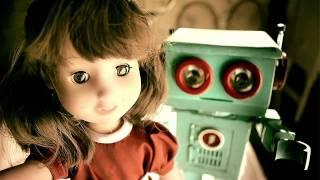 kisah cinta dua boneka yang mengharukan..