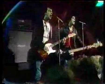 The Stranglers - No More Heroes TOTP 1977