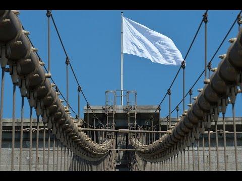Brooklyn Bridge White Flag Mystery Solved  8/14/14    (NYC)