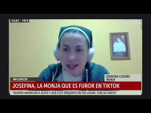 Josefina, la monja que es furor en TikTok: