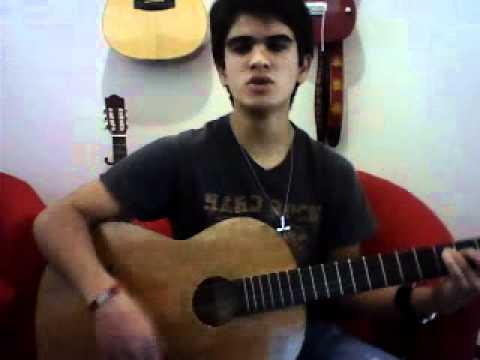 Santiago sings Amor Clandestino - Maná