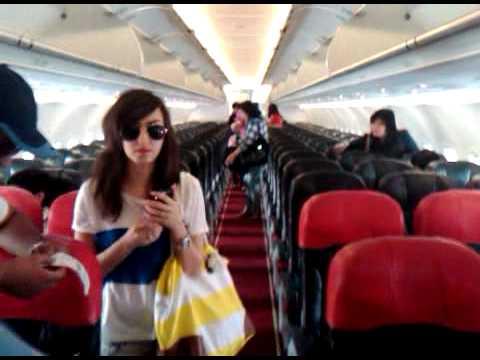 Pesawat Air Asia Indonesia di Pesawat Air Asia Mau