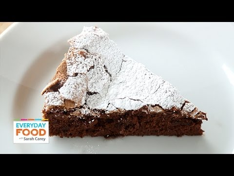 4-Ingredient Flourless Chocolate Cake - Everyday Food with Sarah Carey