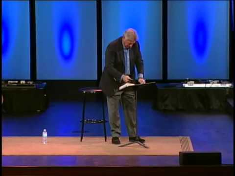 John C. Maxwell loses it at Christ Fellowship talking about Attitudes